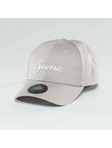 Sixth June Snapback Cap <small>    Sixth June   </small>   <br />    Cap in grau