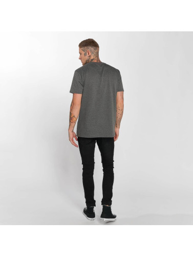 The Dudes Hombres Camiseta Mountain Man in gris