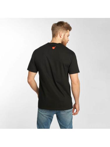 Les Centaines De Mens T-shirt Hunmtss En Noir
