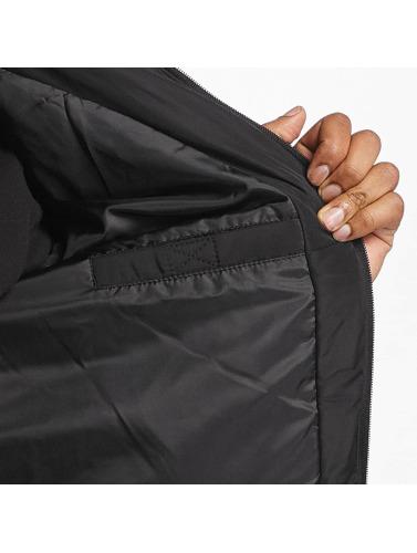 Thug Life Herren Winterjacke Big Logo in schwarz Outlet Rabatt Verkauf Genießen Freies Verschiffen Billige Bilder Viele Farben QKscw6