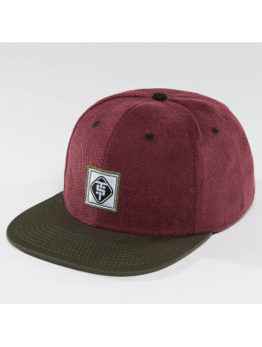TrueSpin Snapback Cap Touchy in rot