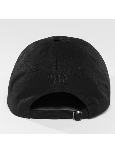 UNFAIR ATHLETICS Snapback Cap DMWU in schwarz