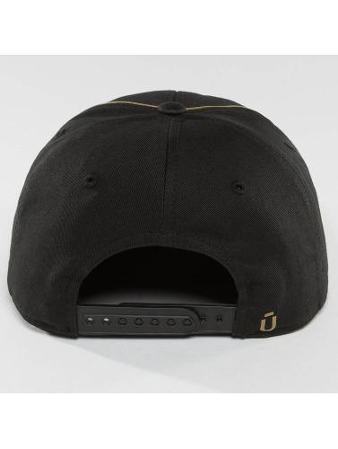 Unkut Snapback Cap Dallas in schwarz