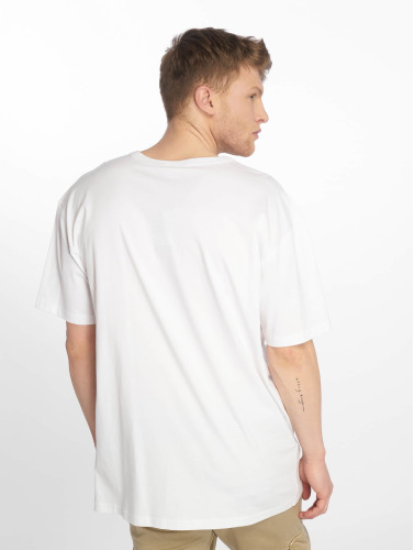Urban Classics Hombres Camiseta Oversized in blanco