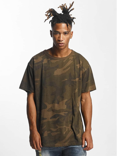 Urban Classics Hombres Camiseta Camo Oversized in camuflaje