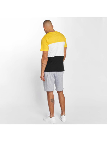 Urban Classics Hombres Camiseta Color Block in negro