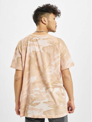 Urban Classics Hombres Camiseta Camo in rosa