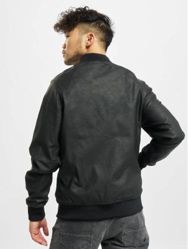 Urban Classics Hombres Chaqueta de cuero Imitation Leather Raglan in negro