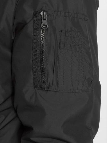 Urban Classics Hombres Chaqueta de entretiempo Light Bomber in negro