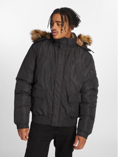 Urban Classics Hombres Chaqueta de invierno Heavy in negro