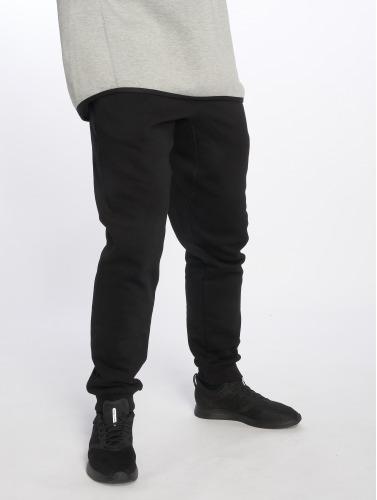 Urban Classics Herren Jogginghose Basic in schwarz