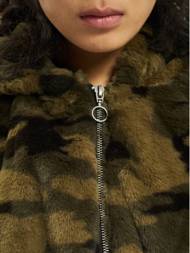 Urban Classics Damen Übergangsjacke Camo Teddy in camouflage
