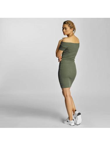 Urban Classics Mujeres Vestido Off Shoulder Rib in oliva