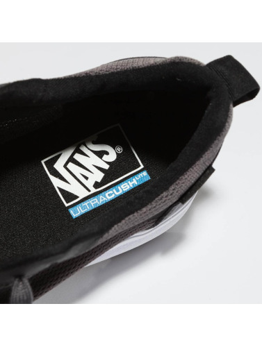 Vans Herren Sneaker UA UltraRange Rapidweld in grau