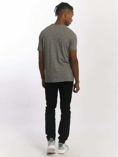 Wrung Division Hombres Camiseta Ballers in gris