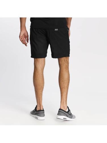 Wrung Division Herren Shorts Alpha in schwarz