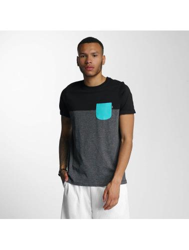 Wrung Division Herren T-Shirt Pocket in grau
