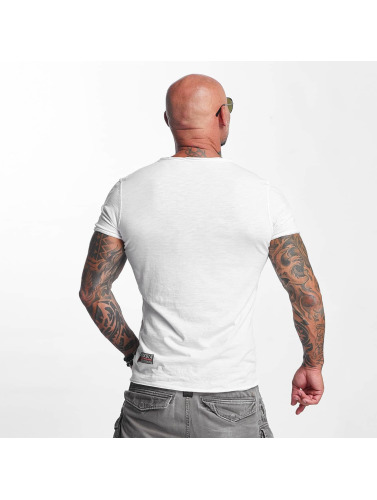 Yakuza Menn I Hvit Skjorte Grunnleggende billig pris fabrikkutsalg billig virkelig besøk Oflqqby