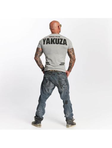 Yakuza Hombres Camiseta Chockin Victim in gris
