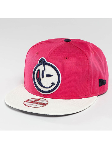 Yums Snapback Cap Classic Bands in pink