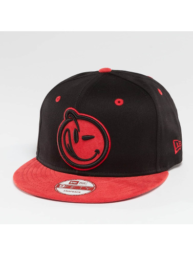 Yums Snapback Cap Classic Suede Outline in schwarz