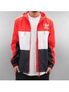 adidas Демисезонная куртка CLFN красный