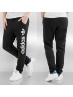 adidas Joggingbyxor Light Loop svart