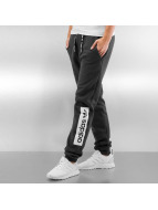adidas Jogginghose Regular Cuffed grau