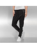 adidas Pantalone ginnico Low Crotch Cuffed Tracker nero