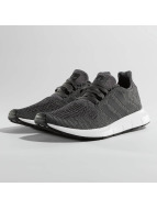 adidas Sneakers Swift Run grå