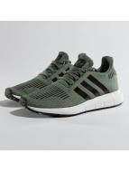 adidas Sneakers Swift Run J grön