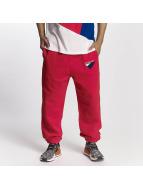 adidas Spodnie do joggingu Anichkov czerwony