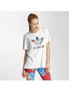 adidas T-paidat Graphic valkoinen
