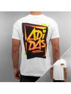 adidas T-Shirt 80s Show Graphic weiß