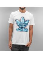 adidas T-Shirt TRF Graphic weiß