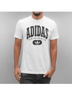 adidas T-skjorter Torsion hvit