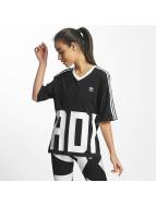 adidas T-skjorter V-Neck svart