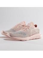 adidas Tennarit Swift Run Primeknit vaaleanpunainen