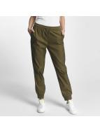 adidas Verryttelyhousut Pants Trace oliivi