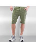Alife & Kickin Shorts Johnny vert