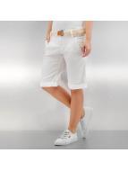 Authentic Style Pantalón cortos Smilla blanco