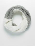Bangastic Scarve / Shawl Fake Fur Loop white
