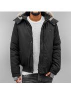 Bench Зимняя куртка Thought черный