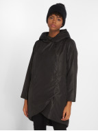 Confine Coat Jet Black...