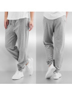 Bench Jogginghose Calm grau