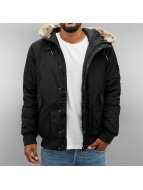 Bench Winterjacke Wrestle schwarz