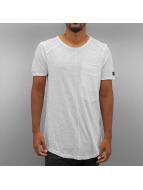 Black Kaviar T-paidat Kaleb valkoinen