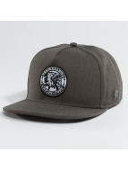 Cayler & Sons Casquette Snapback & Strapback Classic Brave gris