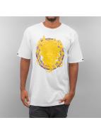 Crooks & Castles T-Shirt Mountaineer Medusa blanc