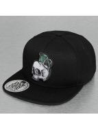 Skull Snapback Cap Black...